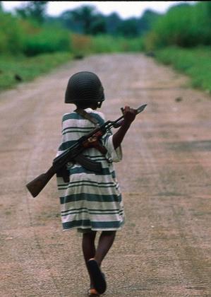 kiz_cocugu_asker_afrika_unicef
