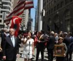 turk_bayragi_ibrahim_kurtulus_temis_hason_newyork